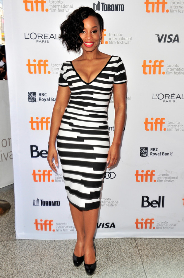 Anika-Noni-Rose-in-Gingham-Doll-2013-Toronto-International-Film-Festival-Half-Of-A-Yellow-Sun-Premiere--600x907