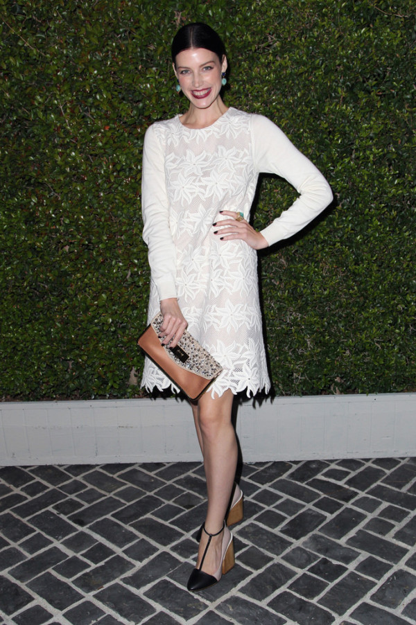 Jessica-Pare-Chloe-Los-Angeles-Fashion-Show-Dinner--600x902